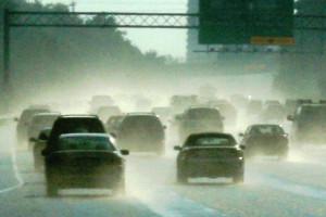 drive-rain-auto-2577704-o