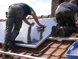 solar-panels-944000_1280